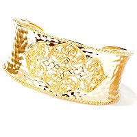 SS/18KYGP BRAC WIDE HAMMERED CUFF W/ ORNATE CENTER