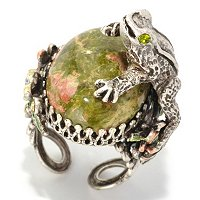 FROG ON CABOCHON RING