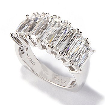 117-418 - TYCOON for Brilliante® Platinum Embraced™ Tycoon Cut Band Ring