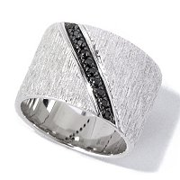 SS/P RING DIAGONAL BLACK SPINEL TEXTURED CIGAR BAND
