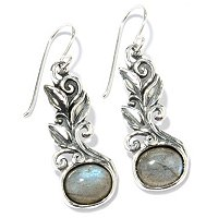 LEAF MOTIF EARRINGS