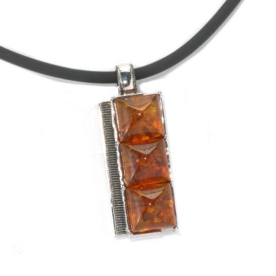 "131-745 - Men's en Vogue II Baltic Amber Three-Stone Pendant w/ 22"" Rubber Cord"