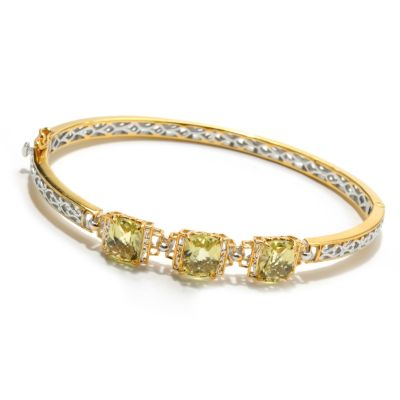 132-601 - Gems en Vogue II 5.31ctw Ouro Verde Three-Stone Hinged Bangle Bracelet