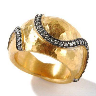 133-781 - SoHo Boutique 24K Gold Diamond Swirl Hammered Ring