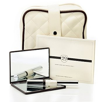 304-751 - 29 Cosmetics Four-Piece Signature Winter White Holiday Collection