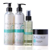 Skinn Cosmetics Glowing Pearl Body Set