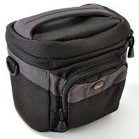 LOWEPRO CIRRUS BLACK GADGET BAG & 4GB MEMORD CARD