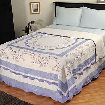 401-584 - North Shore[ ''Misty Vine'' Limited Edition Embroidered Twin Quilt