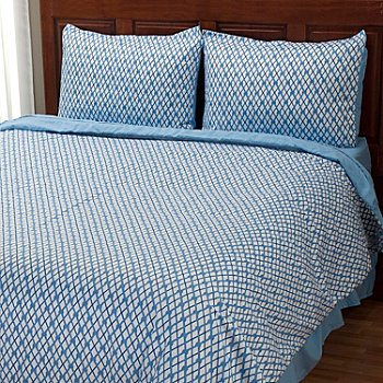 401-953 - Cozelle® ''Nantucket'' Microfiber Three-Piece Duvet Set