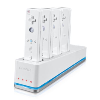 413-638 - Nintendo Wii Quad Dock Plus Accessory w/ Battery Packs