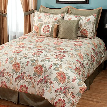 431-369 - North Shore Linens™ ''North Hampton'' Eight-Piece Bedding Ensemble