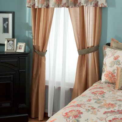 "431-370 - North Shore Linens™ ""North Hampton"" Four-Piece Window Set"