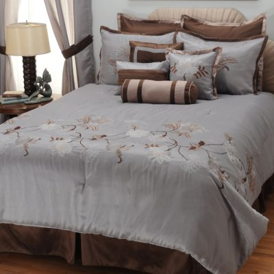 "431-375 - North Shore Linens™ ""Triomphe"" 10-Piece Bedding Ensemble"