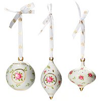ROYAL ALBERT NEW COUNTRY ROSES WHITE SET OF 3 ORNAMENTS