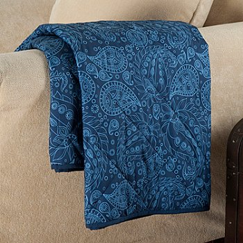 431-979 - Cozelle® 50'' x 60'' Reversible Down Alternative Microfiber Throw
