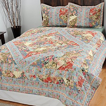434-979 - North Shore Linens™ ''Garden Melody'' Three-Piece Quilt Set