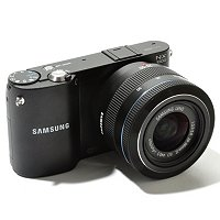 Samsung NX 1000 Camera w/ Case & 8GB SDHC