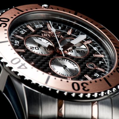 95 - Invicta Men's Pro Diver Quartz Chronograph Stainless Steel Bracelet Watch w/ 3-Slot Dive Case