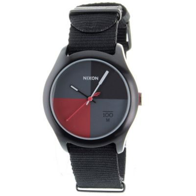 621-500 - Nixon Men's Quad Quartz Nylon Strap Watch