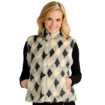 702-032 - Pamela McCoy Diamond Pattern Stand Collar Faux Fur Vest