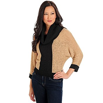 710-578 - WD.NY Color Block Knit Dolman Sleeved Cowl Neck Cropped Sweater