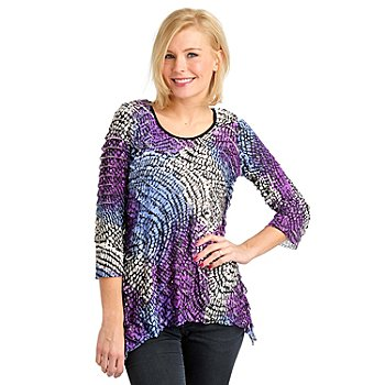 711-448 - Glitterscape Eyelash Knit 3/4 Sleeved Sharkbite Hem Embellished Top