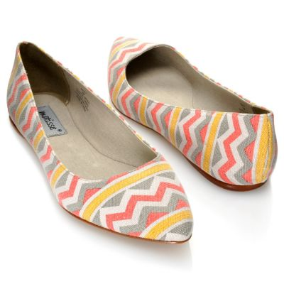 "712-934 - Matisse® ""Kiley"" Zigzag Pattern Pointed Toe Flats"