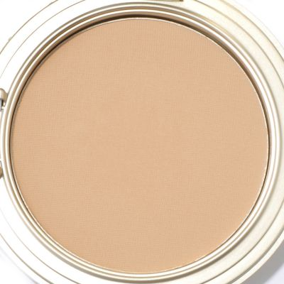 Senna Moist Matte Foundation w/ Brush. MED $ 19.96