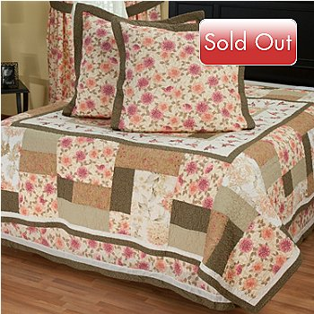 402-097 - North Shore™ Collectible Quilts ''Marquette'' Euro Sham Pair & Bedskirt Set