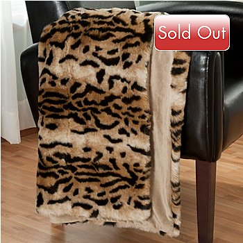 431-077 - Macy's Charter Club® 60'' x 50'' Luxury Faux Fur Throw