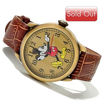 617-152 - Disney Men's Mickey Quartz Vintage Style Leather Strap Watch